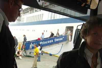 Embarquement sur le Princess Danae